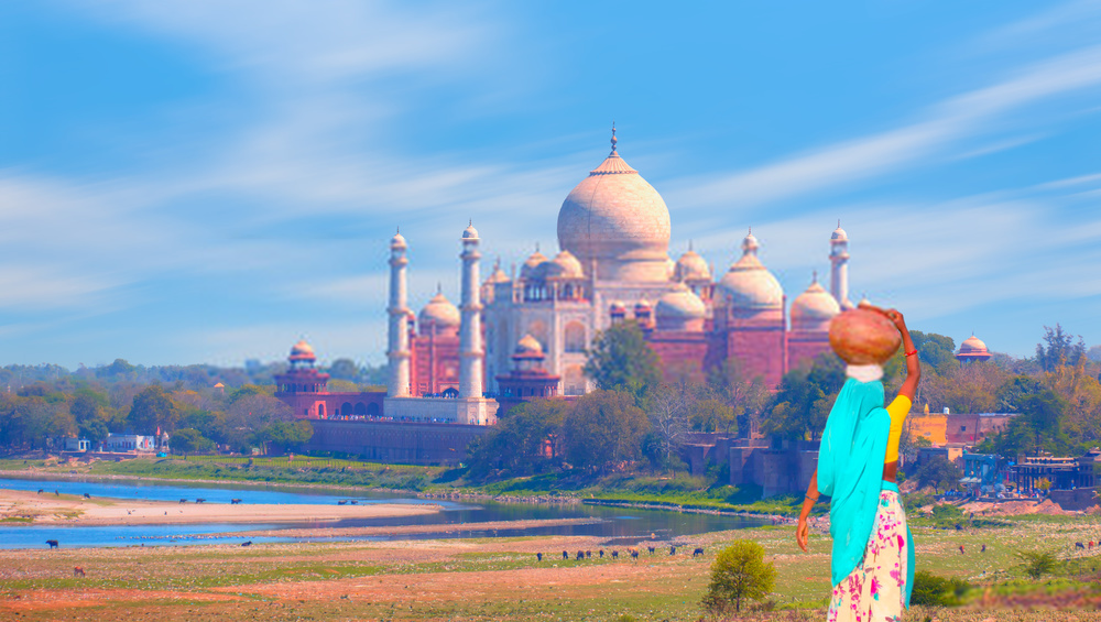 Amazing Places in Agra.png