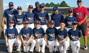 12U Photo with Dee Gordon and players.jpg